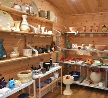 Shop, pottery